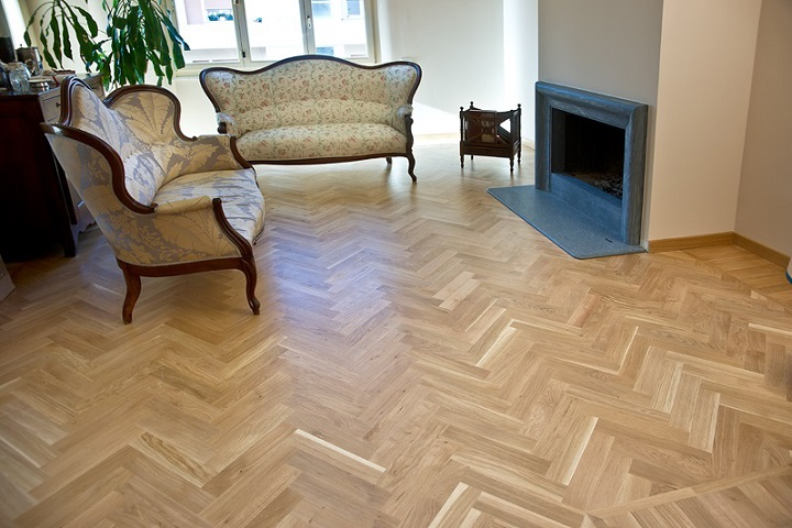 Italian Traditional Herringbone Oak Parquet